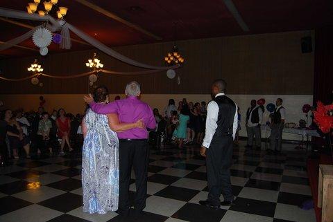 How we do the anniversary dance wedding dj